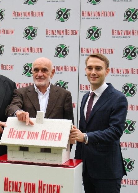 Dr. Helge Mensching mit 96-Boss Dr. Martin Kind