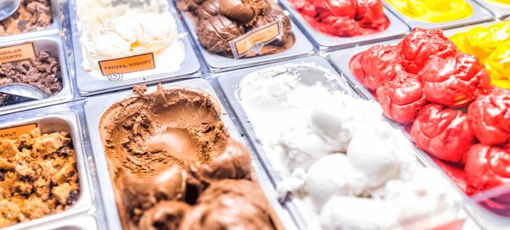 Enthält verschiedene Sorten von Eiscreme