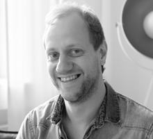 Mitarbeiterfoto von Jens Prüwer in Schwarz-Weiß