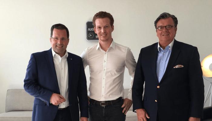 Geschäftsführer Patrick Pietruck mit Kai Seefried und Uwe Dorendorf