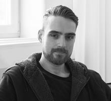 Mitarbeiterfoto von Kevin Noest in Schwarz-Weiß