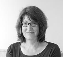 Mitarbeiterfoto von Marie Luise Bernhardt in Schwarz-Weiß