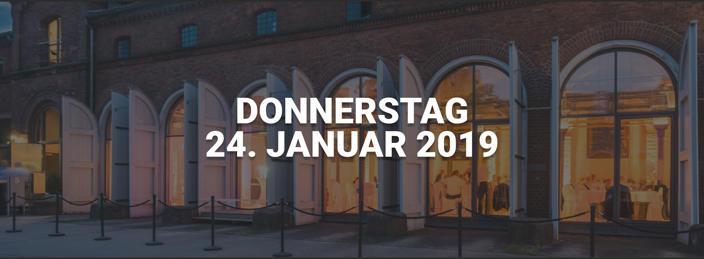 Datum für den Neujahrsempfang 2019. Im Hintergrund der Kunstsaal Lüneburg.