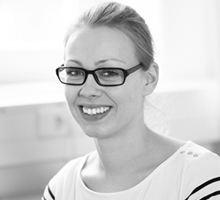 Mitarbeiterfoto von Katharina Knolle in Schwarz-Weiß