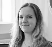Mitarbeiterfoto von Nadja Nehring in Schwarz-Weiß
