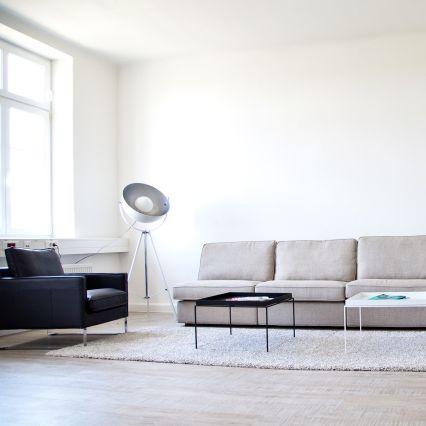 Empfangsbereich und Lounge bei der web-netz GmbH